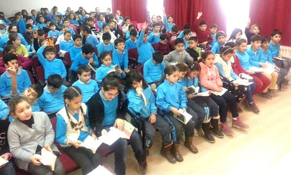 Gazi öğrencileri masallar diyarında