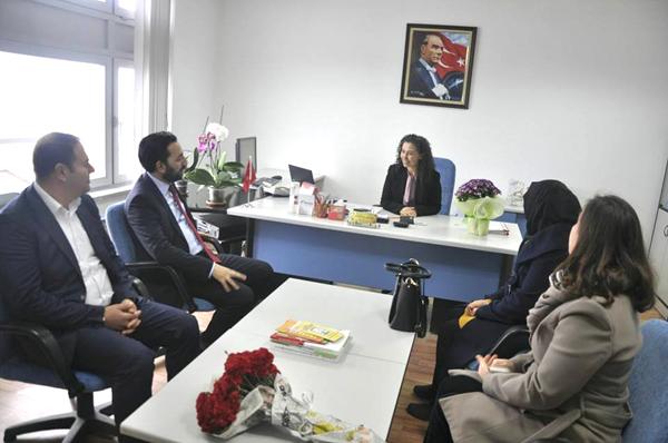 AK Parti'den Vergi Dairesi ziyareti