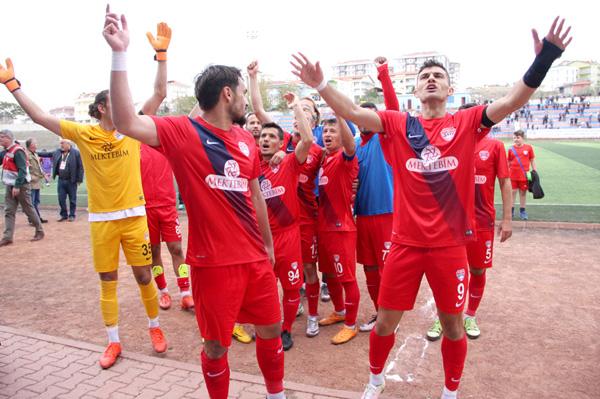 Silivrispor, yenilgisiz takım sever: 2-1