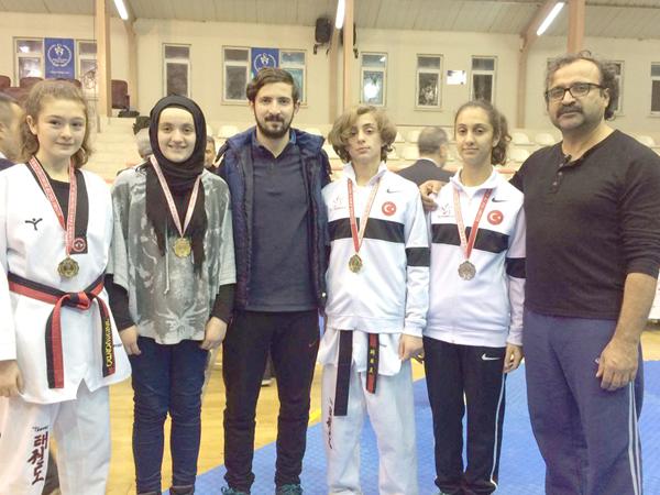Takım şampiyonluğu Erel Spor'dan