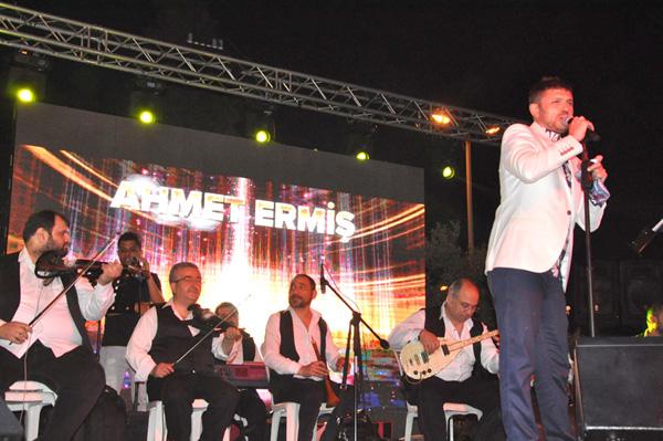 Ahmet Ermiş'in ilk açık hava konseri
