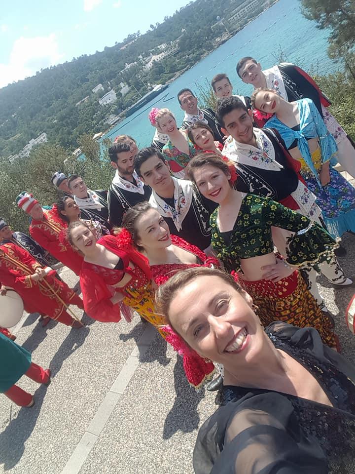 Alibeyspor folklor grubu Bodrum'u mest etti