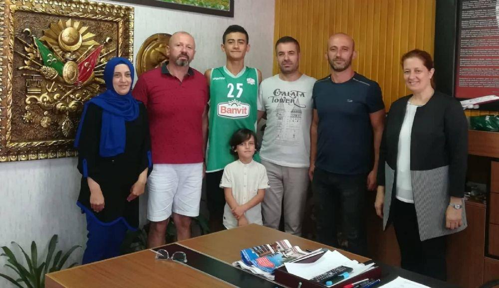 Silivri basketbolu Efe Bektaş ile çağ atlıyor