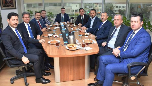 AK Parti, seçim gündemiyle toplandı