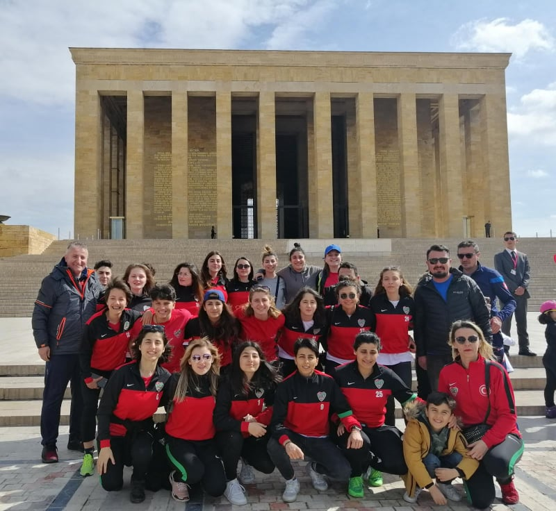 Kalbimiz Ankara'da Alibey'in galibiyetinde