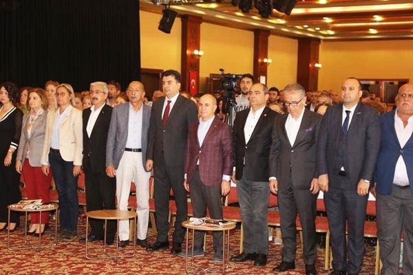 Seçim değerlendirme toplantısına katıldılar