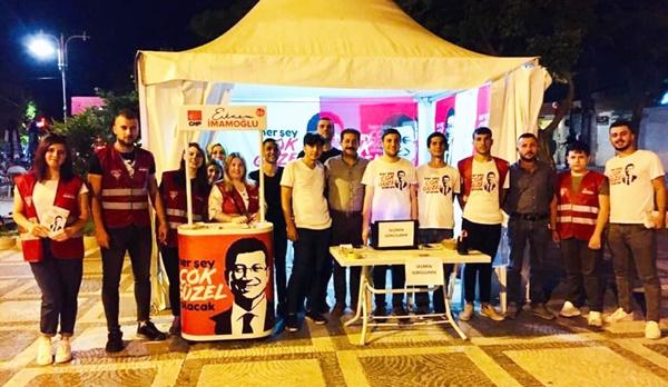 CHP'li gençler umut yaymaya devam ediyor