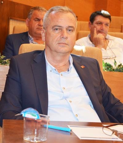 AK Parti'ye geçti, İmar Komisyonundan çıktı