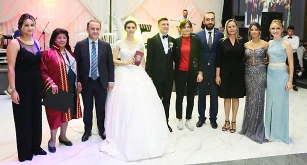 CHP'li genç Başkan evlendi