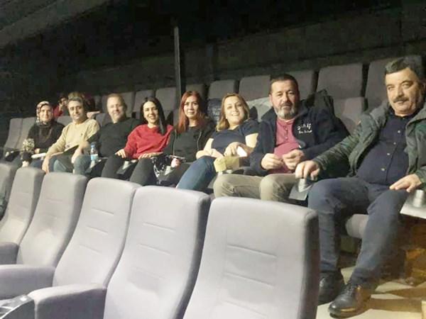 MHP yönetimi, Naim Süleymanoğlu'nun filmini izledi