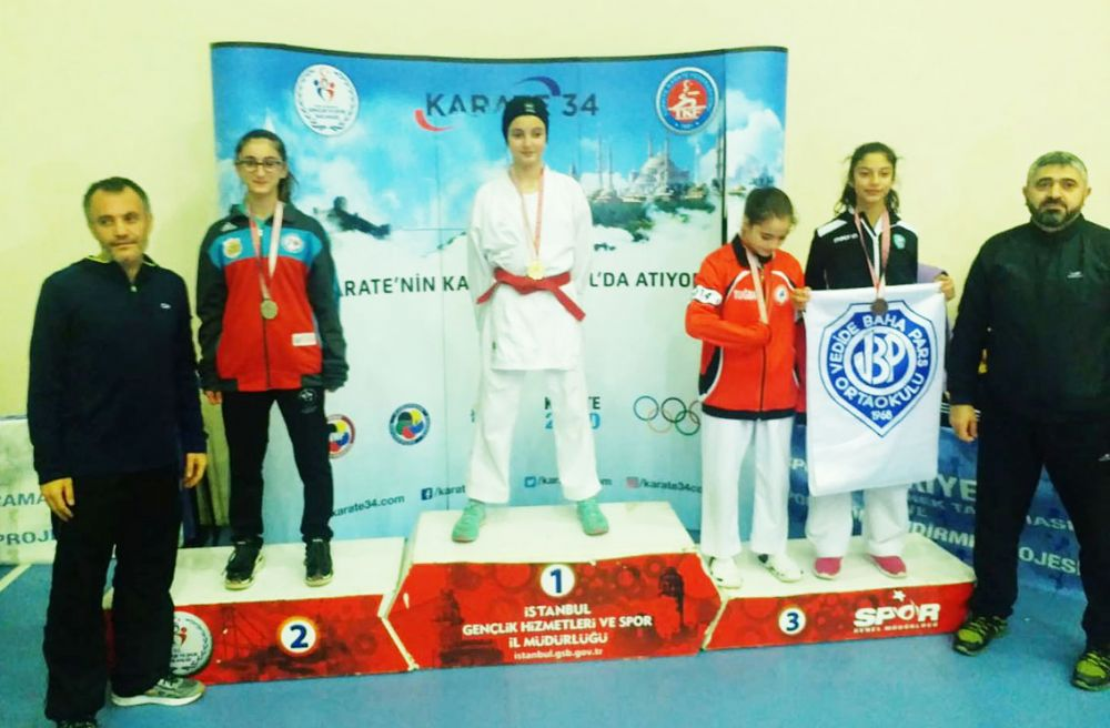 Ertuğrul Gazi öğrencilerinin Karate başarısı