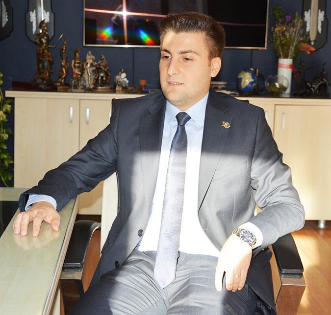 Esen'den Bozoğlu'na siyasi salvolar