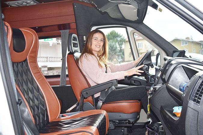 Silivri'nin ilk kadın toplu taşıma şoförü