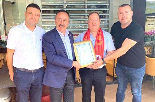 Çatalcaspor'da Katsan Gıda rüzgârı