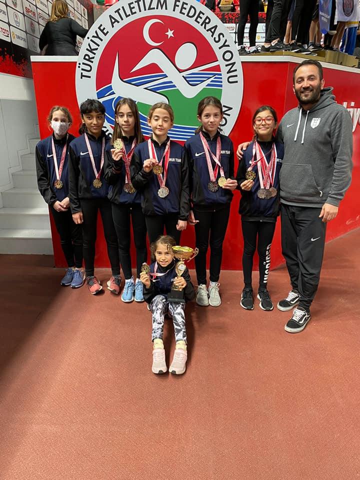 Ahmet Ziylan atletlerinden birincilikler